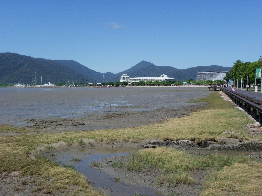 Cairns when tide is out (2)